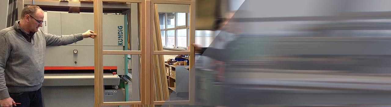 Fensterbau in Werkstatt